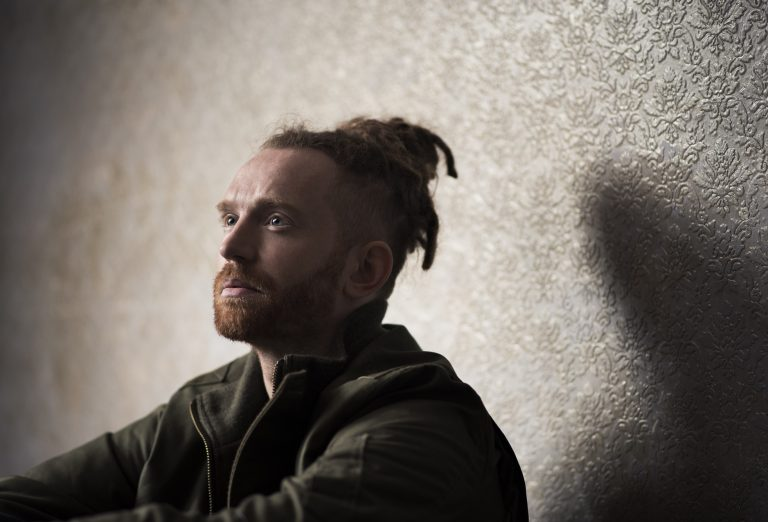 Newton Faulkner: The Solo Tour