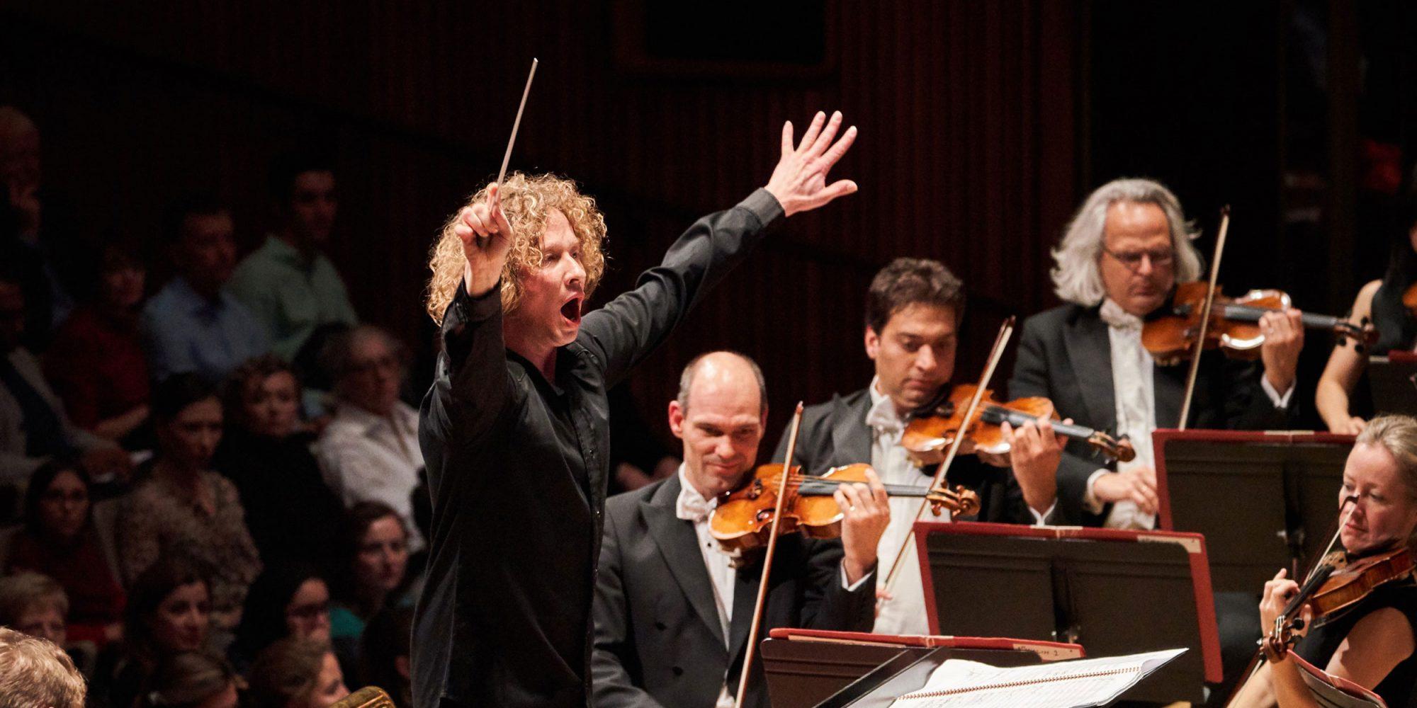 Philharmonia Orchestra: (Nov)